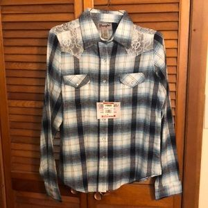 Women's long sleeve flannel with lace detail